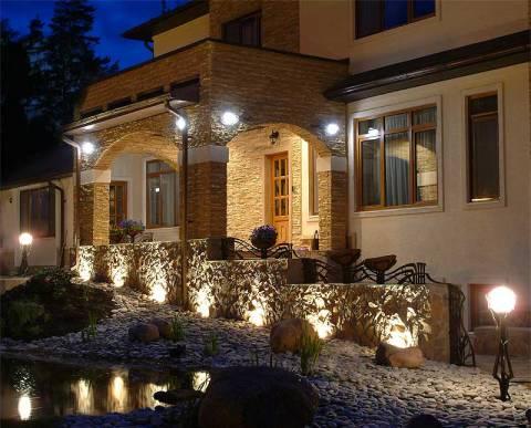 Наружное освещение дома