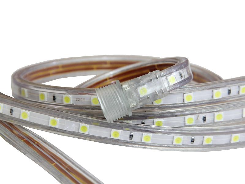 Светодиодная лента в силиконовой оболочке, предназначенная для эксплуатации в агрессивной уличной среде