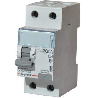 Автоматический выключатель УЗО на ток утечки в 30мА