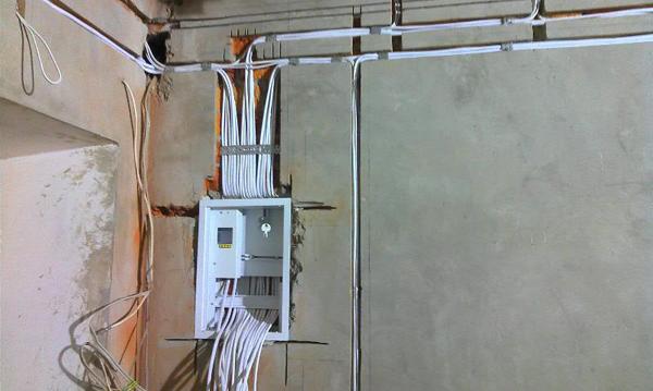 Розводка електрики в новобудові