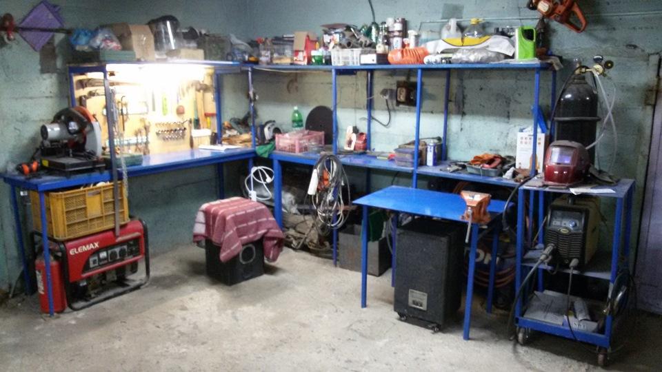 Автономное освещение в гараже обычно выполняют благодаря генератору