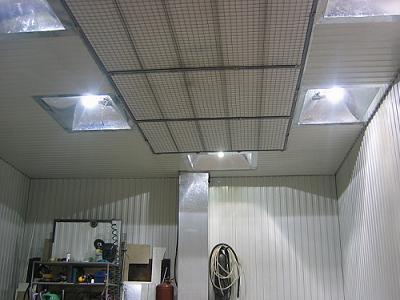 Вертикальное общее освещение в гараже