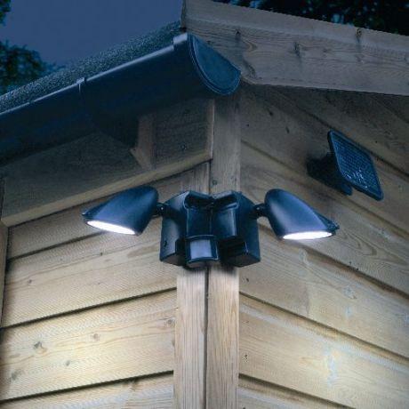 Охранное освещение дачного участка