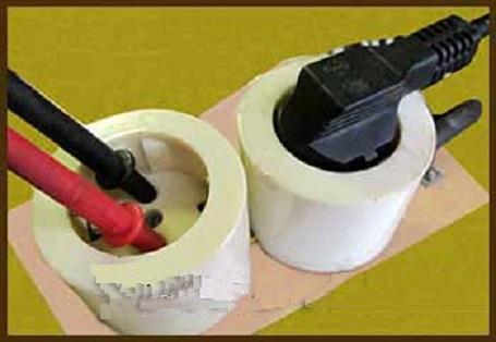 Измерения тока в розетке при помощи мультиметра