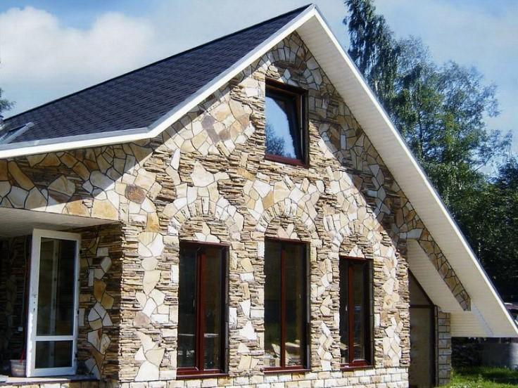 Фасад с шероховатой блестящей поверхностью