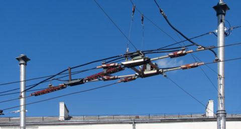 Для проводки контактных сетей