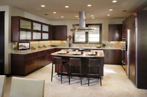 Общее освещение кухни