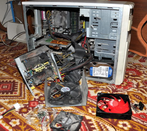 Последствия подачи повышенного напряжения на компьютер
