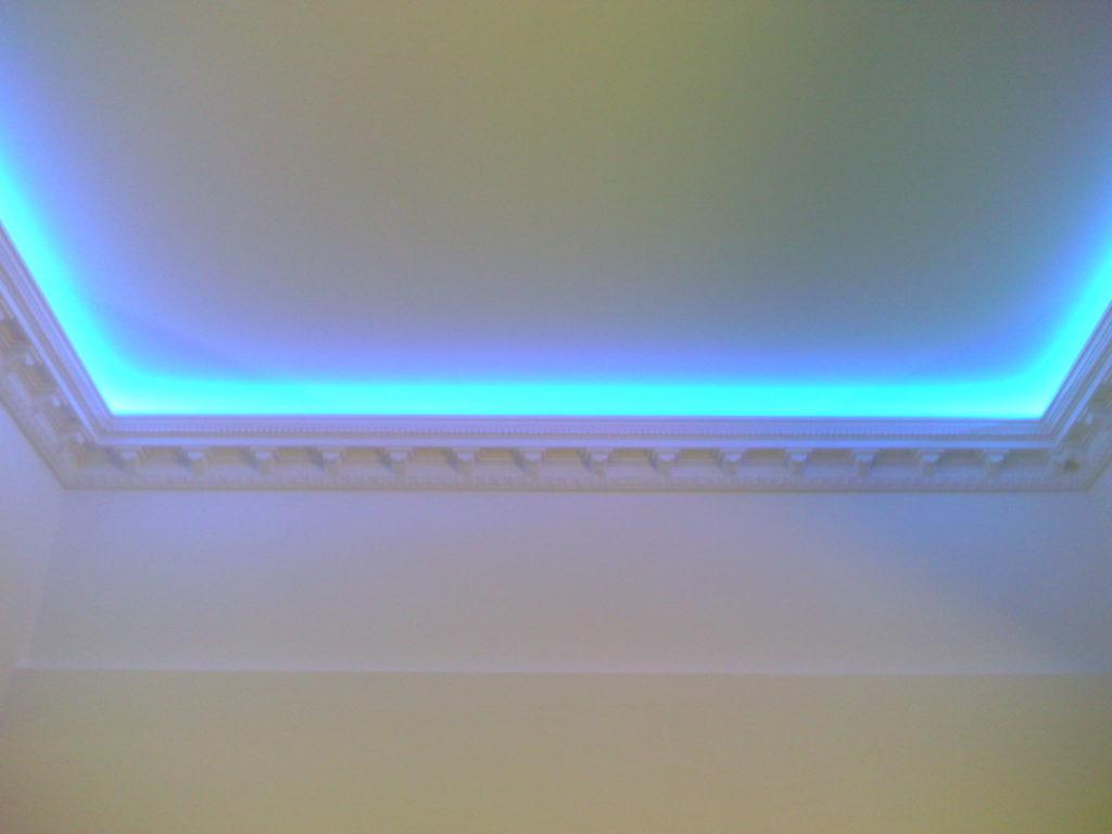 Led подсветка потолка своими руками