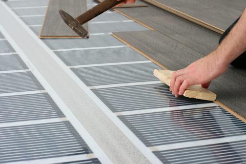 Греющая пленка укладывается перед монтажом чистового напольного покрытия