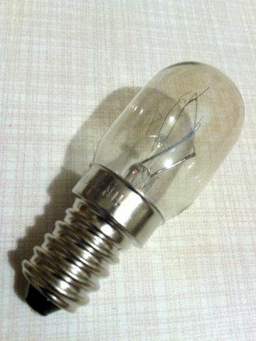 Карьера лампы накаливания редко длится хотя бы полгода