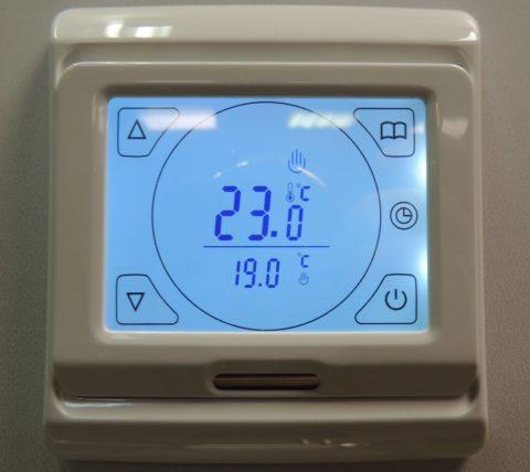 Программируемый цифровой терморегулятор