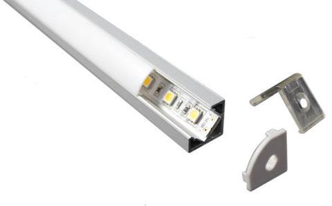 Как закрепить светодиодную ленту на кухне в теплоотводный профиль