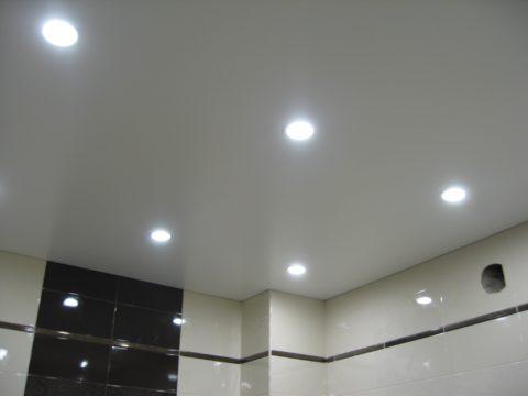 Led-светильники в натяжном потолке