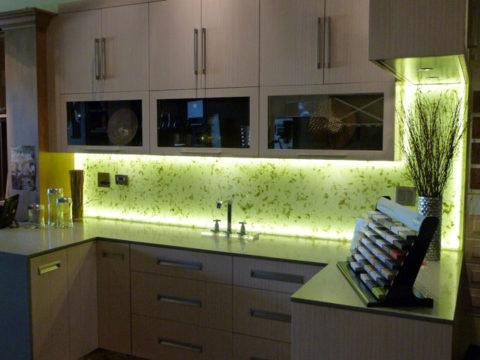 Подсветка светодиодной лентой кухни
