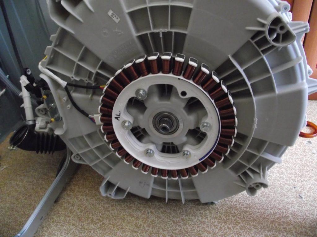 Бесколлекторный двигатель с прямым приводом