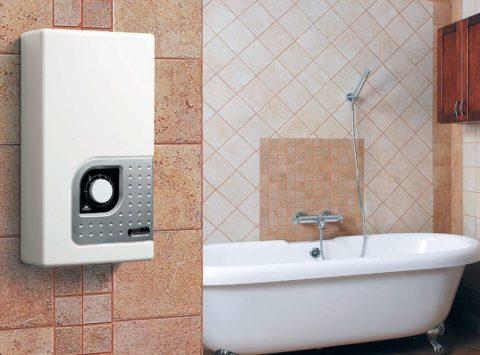 Если включить розеткой с дистанционным управлением объемный водонагреватель, то, приезжая с работы, можно сразу же принять горячую ванную