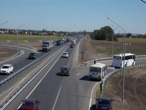 Интенсивность движения на автомагистрали