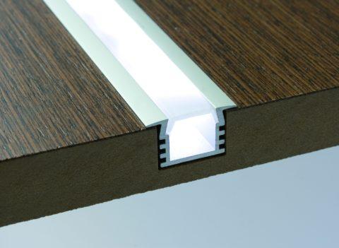 Рассеиватель скроет точечные источники света, сделав освещение равномерным