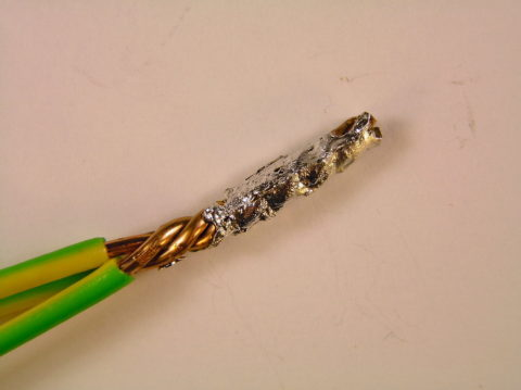 Соединение проводов методом пайки