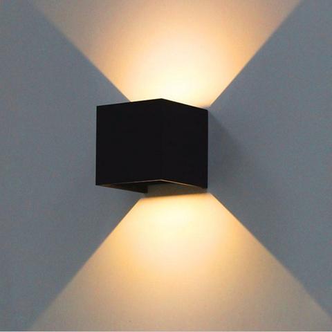 Светильник с для противоположной стены от входа