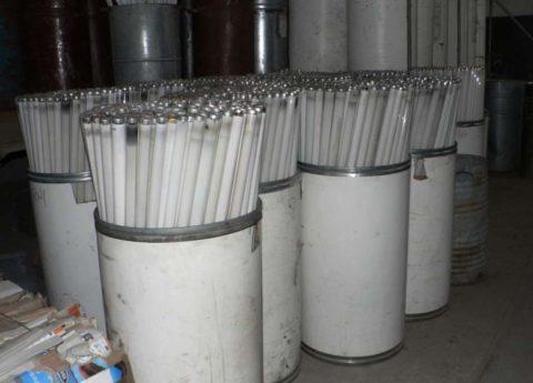 Люминесцентные лампы должны утилизироваться с учетом их опасности для здоровья и экологии