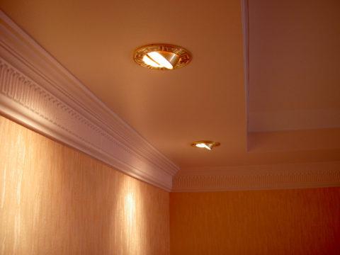Установленные светильники готовы к эксплуатации
