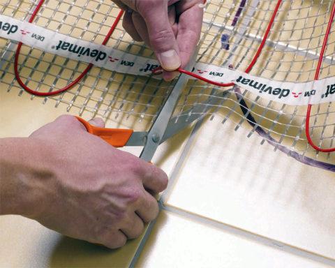 Как разрезать правильно тепловой мат
