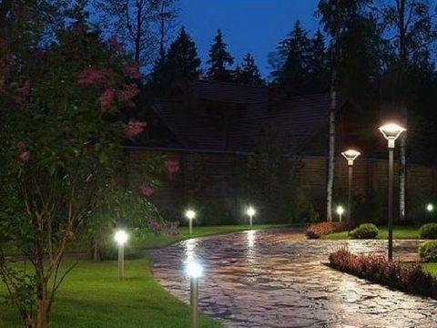 Освещение садовых дорожек на даче