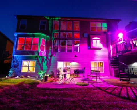 Применение световых фильтров при освещении фасада