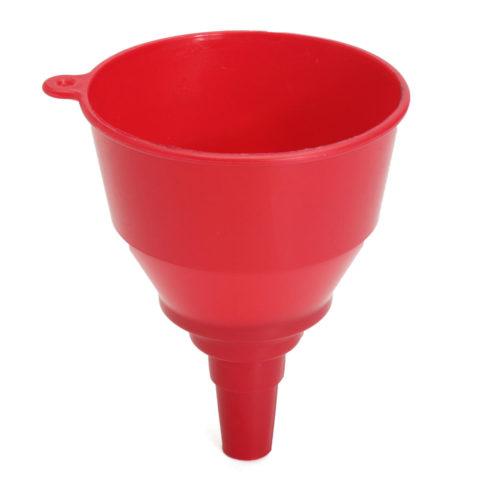 Для удобной заливки жидкостей в узкие отверстия