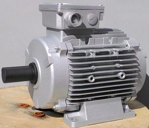 Классический двигатель переменного тока асинхронный
