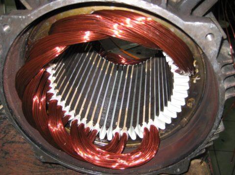 Принцип действия и устройство двигателя постоянного тока: статор