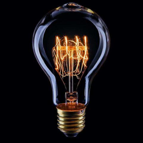 Сегодня лампы накаливания Эдисона популярны как декоративное украшение