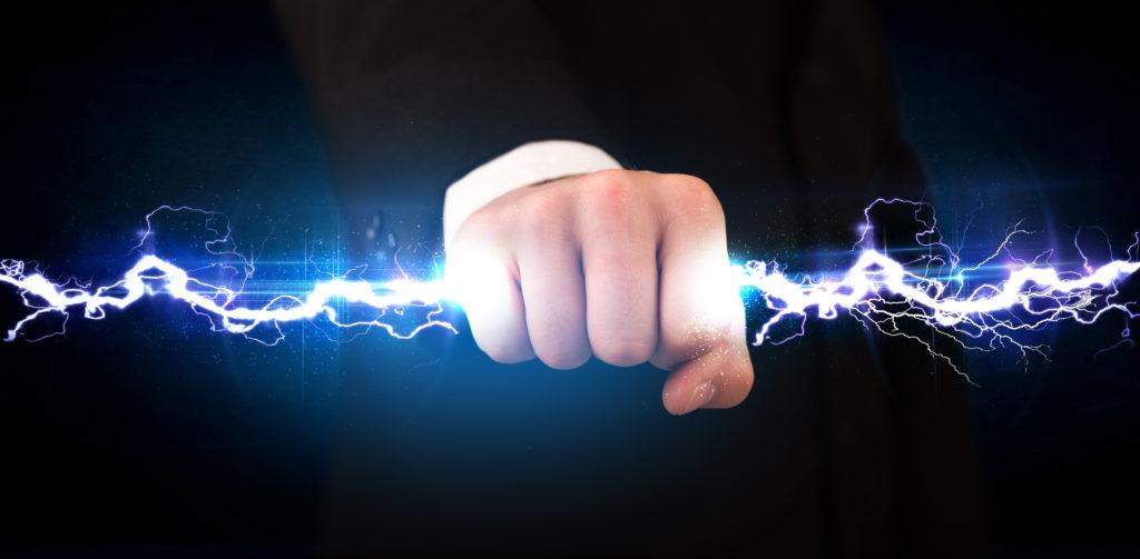Необходимо уметь отличать электрическую дугу и искрение