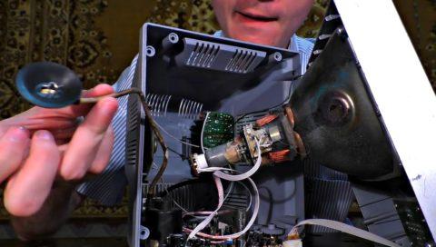 Извлекаем трансформатор из ТВ