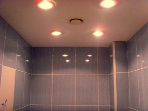 Общее освещение в ванной комнате