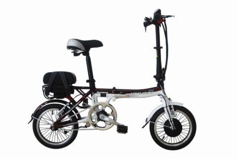 Мотор-колесо установлено спереди