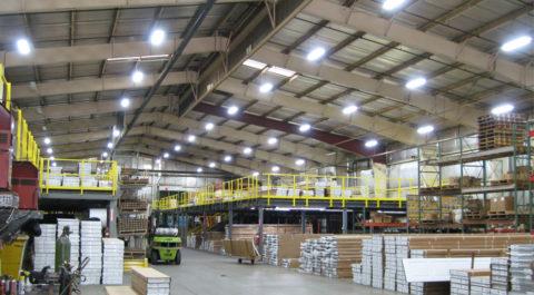 Общее освещение складского комплекса