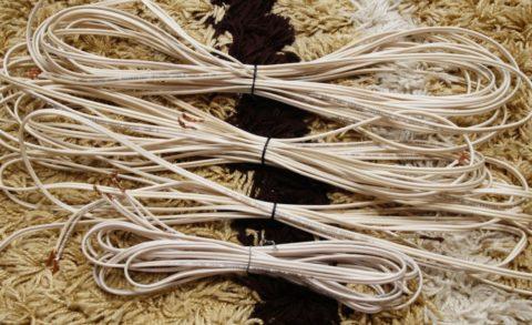 Акустические кабели для колонок из коробки от завода