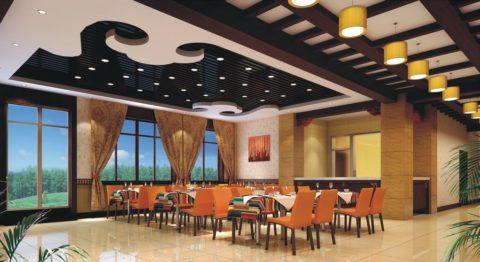 Комбинированное освещение потолков в ресторанах