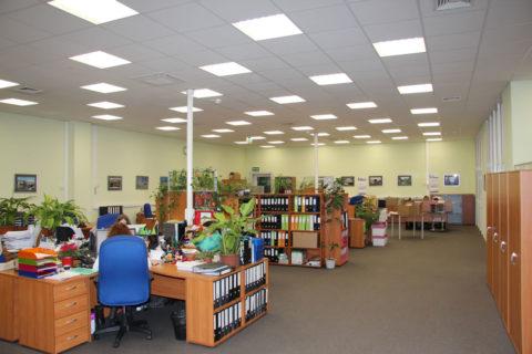 Светильники потолочные светодиодные офисные для организации рабочего процесса