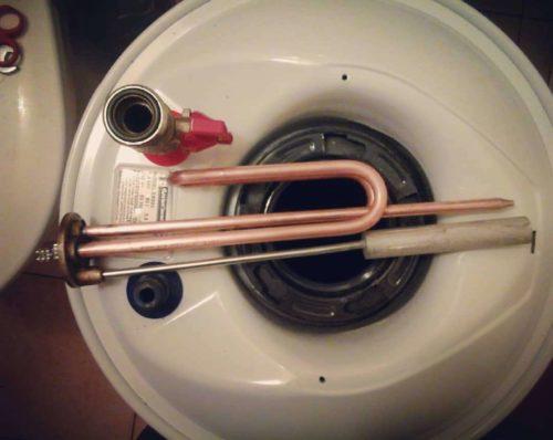 Замена анода в электрическом нагревателе воды